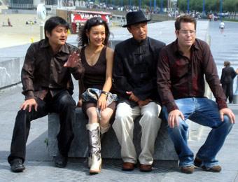 zhang_and_actors.jpg
