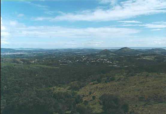 1939847-view_fromBoa_Vista_into_the_Vale_dos_Sinos-Novo_Hamburgo.jpg