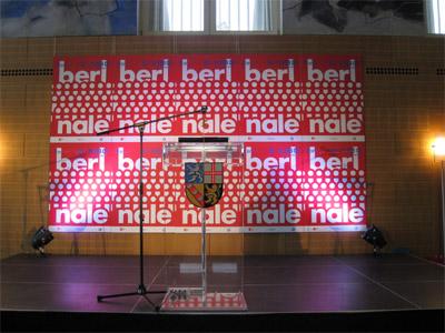 uj_2009_stage.jpg